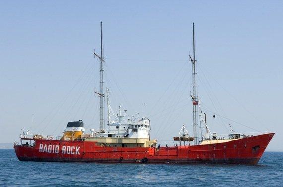 Das Sendeschiff von Radio Rock (Bild: Universal/Getty)