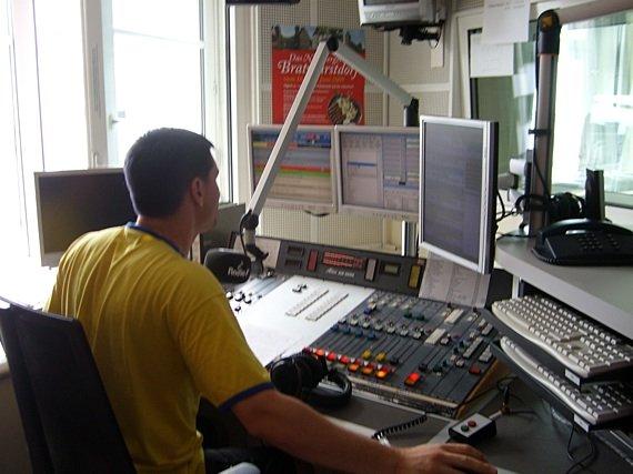 Blick ins Studio von Radio F