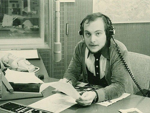 Thomas Koschwitz als Nachrichtensprecher beim HR