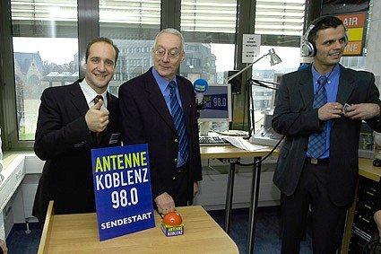 Vittorio Nobile, Dr. Eberhard Schulte-Wissermann, Stefan Blaufelder. (Foto: Dietmar Schäfer)