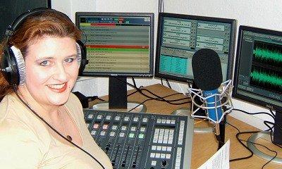 """""""Nachtengel """" Susanne Hofmann-Fraser im TruckRadio Studio"""