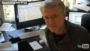 Der New Yorker Medienprofessor und Bloggerstar Jeff Jarvis erklärt auf youtube.com, warum er sein iPad zurück gab. Screenshot: youtube