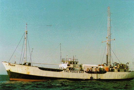 """The Peace Ship"" im Mittelmeer vor der Küste Israels (1986)"