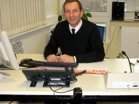 Programmleiter Klaus Höflinger in seinem Büro