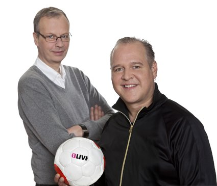 Christoph Biermann und Mike Litt (v.l.) © WDR/Fußwinkel