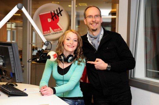 Anke Lothe und John Ment (Bild: Radio Hamburg)
