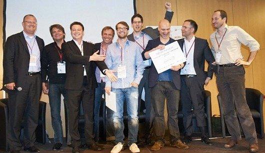v. l. n. r: Kai Fischer (DIGITAL 5/Hit-Radio Antenne), Mikko Linnamäki (Liquid Air Lab), Sebastian Artymiak (VPRT), Golo Föllmer (Prof. Uni Halle/Wittenberg Master Onlineradio ), Tom Krause(songdaddy.com), Pascal Rickenbach (cloudspeaker.fm), Philipp Eibach (wahwah.fm), Bernhard Bahners (GF radio.de/Veranstalter Radiocamp), Frank Felix Debatin (Vorstand 1000Mikes AG/Veranstalter Radiocamp).