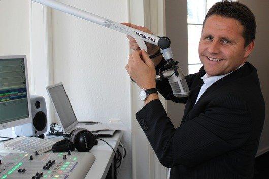 Stephan Schwenk am Radio Homburg-Mikro