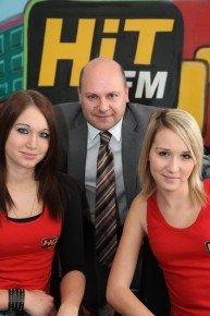 Hit FM Geschäftsführer Christoph Lenzbauer mit Team