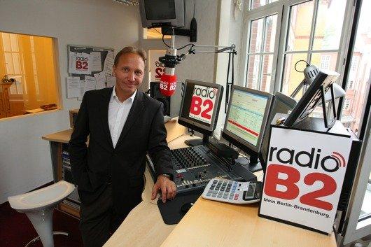 Geschäftsführer Oliver Dunk im radioB2-Studio