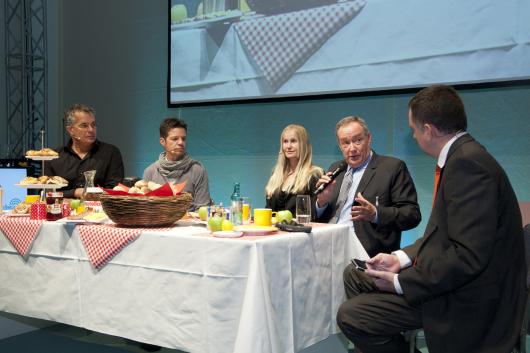 Michael Wirbitzky, Sascha Zeus, Ina Tenz, Dennis Clark, Martin Liss auf dem Radioday 2011
