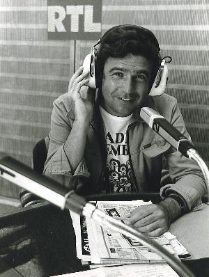 Rainer Holbe im Radio Luxemburg Studio (Bild: ©RadioLuxemburgNostalgieArchiv)