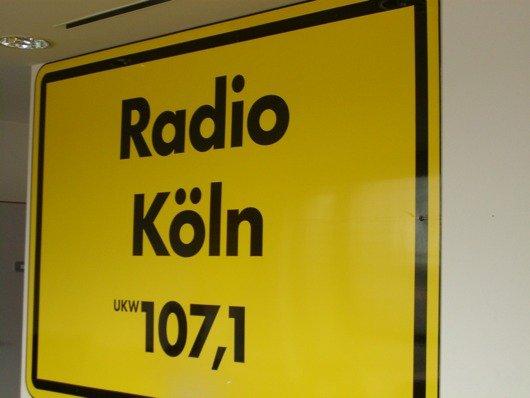 Konferenzraumschild von Radio Köln (Bild: Hendrik Leuker- 09/11)