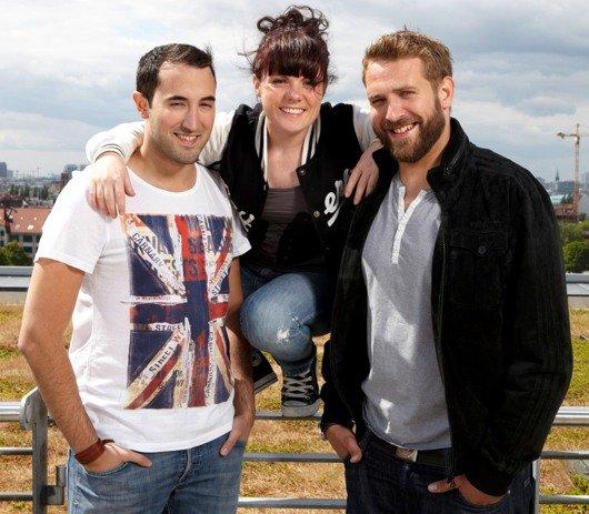 Tolga, Marie und Showmaster York (Bild: KISS FM)