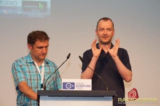 Stefan Schwabeneder von Bayern 3 und Roland Krabbe von hitradio rt1 (Bild: RADIOSZENE)