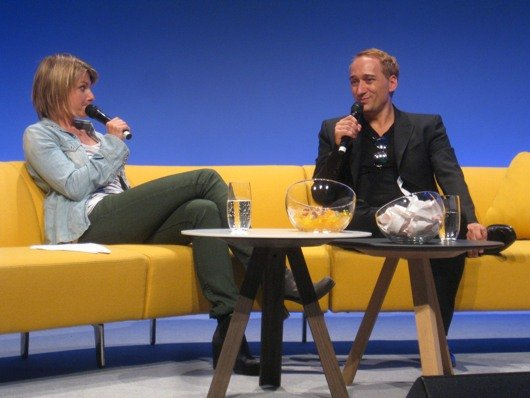 Sabine Heinrich interviewt Paul van Dyk auf dem RADIO DAY 2012 (Bild: RADIOSZENE)