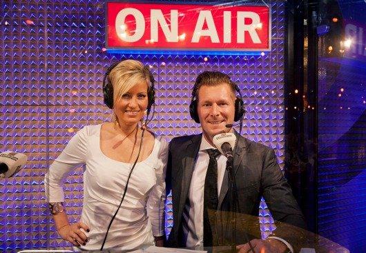 Radiokommentatoren Susanka Bersin (bigFM) und Andreas Kuhlage (N-Joy) (Bild: NDR)