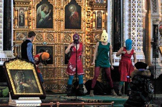 Der Sonderpreis der 1LIVE KRONE geht in diesem Jahr an die russische Punkband Pussy Riot. (Bild: WDR/dapd/Sergey Ponomarev)