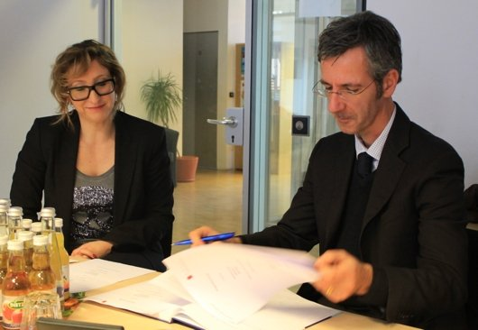 Prof. Dr. Constanze Sigler (HdM Stuttgart) und bigFM-Geschäftsführer Kristian Kropp
