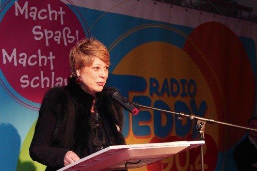 Geschäftsführerin Katrin Helmschrott bei der Funkhauseinweihung (Bild: BB Radio)