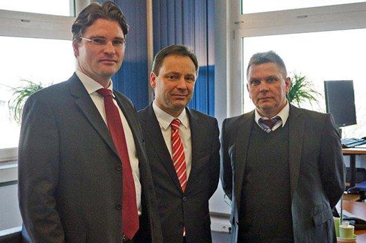 Von links nach rechts: Jan Lange, Senior Vice President Sales & Marketing und Member of the Executive Management Board der MEDIA BROADCAST, Dr. Udo Becker, Geschäftsführer radio NRW, und Jörg Märkel, Accountmanager MEDIA BROADCAST