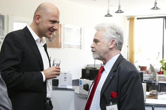 Der Intendant des Deutschlandradio, Dr. Willi Steul (rechts), im Gespräch (Foto: Verein Digitalradio Österreich/APA-Fotoservice/Katharina Rossboth)