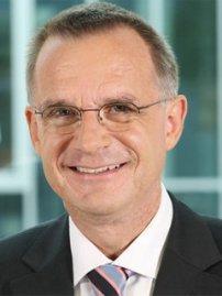 Dr. Arno Beyer /(Foto: NDR)
