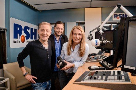 """Carsten Köthe, Tim Koschwitz und Katharina Nicolaisen im """"Frühstücksclub"""" (Bild: R.SH)"""