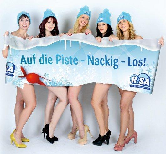Alle fünf R.SA-Moderatorinnen werben hüllenlos für das R.SA-Nacktrodeln in Dresden: Susann Böttcher (27), Conny Albert (29), Lena Fedorova (32), Michaela Wunderlich (32), Katja Möckel (35) (v.l.n.r.) (Bild: R.SA/Anika Dollmeyer)