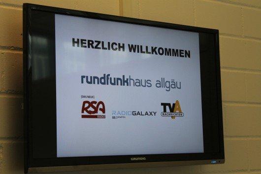 """Monitor """"Herzlich Willkommen"""" im Funkhaus Allgäu"""