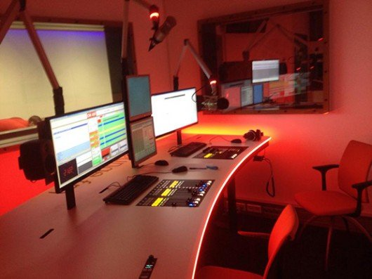 Sneak-Preview ins neue Studio von LoungeFM Oberösterreich (Bild: Florian Putz/Facebook.com)