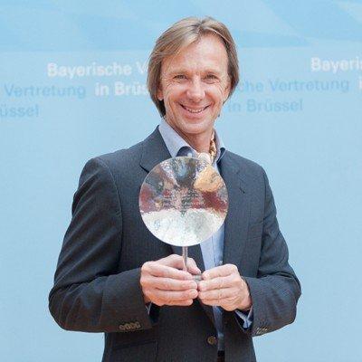 ANTENNE BAYERN-Morgenmoderator Wolfgang Leikermoser ausgezeichnet mit dem Medienpreis 2014 (Bild: © ANTENNE BAYERN)