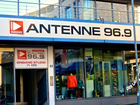 Antenne-KTown-Funkhaus-530