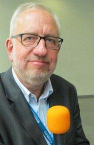 Hans-Dieter Hillmoth, Geschäftsführer der Radioplayer Deutschland GmbH, im Interview mit RADIOSZENE (Foto: Björn Czieslik)