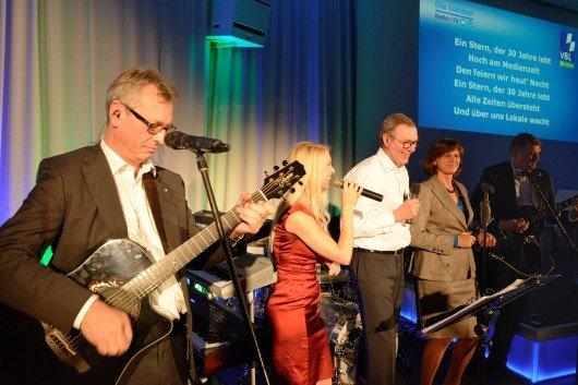 v.l.n.r: BLM-Präsident Siegfried Schneider, Steffi Schaller, VBL-Vorsitzender Willi Schreiner, Staatsministerin Ilse Aigner, Norbert Hufgard