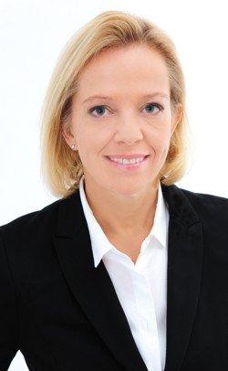 Julia Scheel
