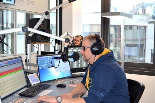 Radio38 Morgenteam im Studio (Bild: radio 38)