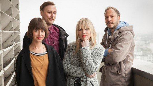Die neuen Moderatoren in 1LIVE Plan B: Bianca Hauda, David Krause, Franziska Niesar, Tilman Köllner (v.l.) (Bild: © WDR)