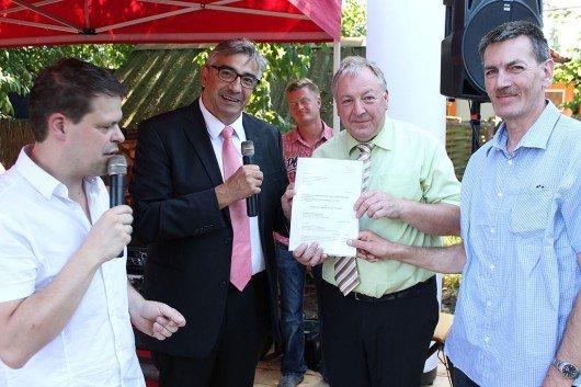 v.l.n.r.: Hendrik Püschel (Moderator), Jochen Fasco, Mathias Moersch (Vereinsvorsitzender) und Bernd Wunder (Schatzmeister). Foto: TLM