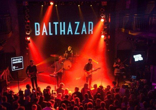 Auftritt der belgischen Band Balthazar beim Reeperbahn Festival in Hamburg. (Bild: Nina Zimmermann)