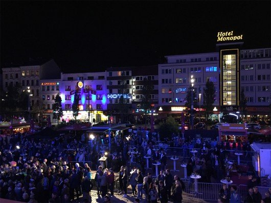 Großer Andrang vor den Musikkneipen und Clubs während des Hamburger Reeperbahn Festival 2015 (Bild: Inge Seibel)