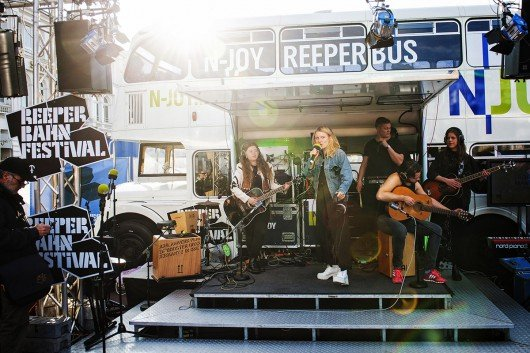 Der N-Joy Bus auf dem Reeperbahn Festival 2015 (Bild: Florian Trykowski)