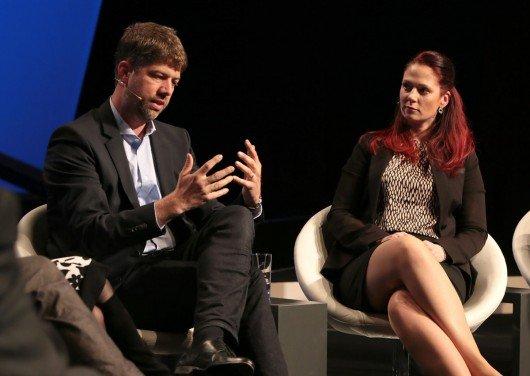 Carsten Schüerhoff (Bauer Media Group) und Julia Schutz (Antenne Thüringen) beim Radiogipfel | Bild: Medientage München 2015