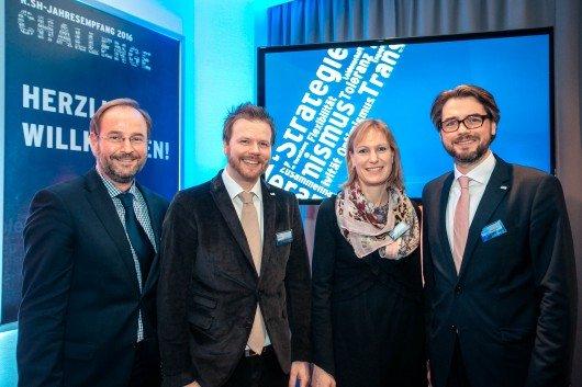 Dierk Böckenholt (Hauptgeschäftsführer Einzelhandelsverband Nord), Jens Küffner (R.SH Programmchef), Monika Dürrer (EHV-Nord Geschäftsführung), Martin Hülsmann (Geschäftsführer Radio NORA) (Bild: R.SH/Marco Knopp)