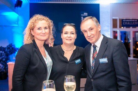 Astrid Husske ( mir.) marketing im radio) , Sandra Kretzer (Geschäftsführerin TOP Radiovermarktung) , Robert Limper (Bild: R.SH/Marco Knopp)