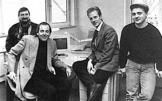 Das Gründungsteam von Antenne MV im Februar 1993: Hans-Ulrich Gienke, Horst Müller, Peter Kranz und Diego Ludwig (Bild: Benno Bartocha, Ausschnitt aus dem Nordkurier, 27.02.1993.)