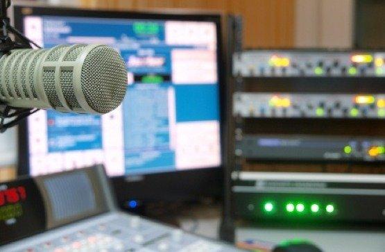 Radiostudio-1233rf-7683916_s (Bild: George Tsartsianidis/123RF)