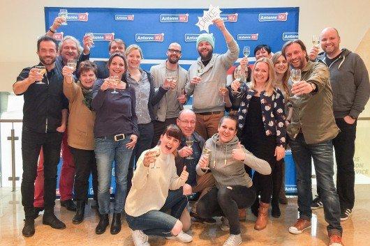 """Das Team von Antenne MV freut sich über ein tolles Ergebnis und sagt """"Danke"""". Foto: Antenne MV"""