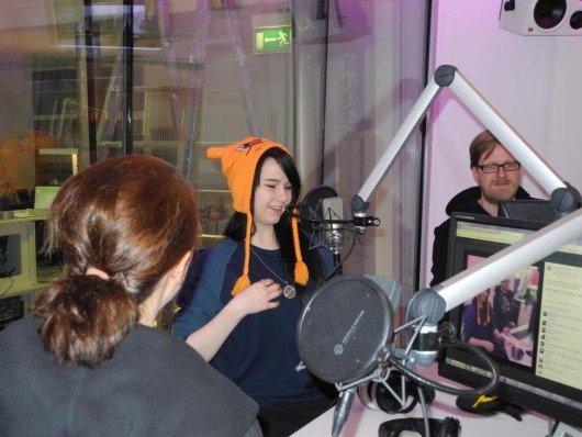 Vorher war die 18 Jährige aber zum ersten Mal in ihrem Leben bei einer Morningshow zu Gast (Bild: radio ffn)