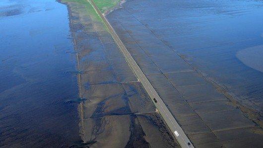 So sehen die Pläne aus: Eine Straße statt Schienen auf dem Hindenburgdamm. (Bild: NDR.de)